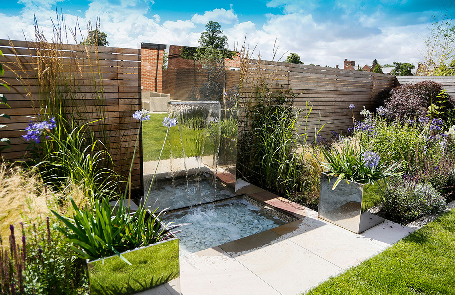 محوطه سازی حیاط ، باغ ، خانه ویلایی