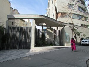 Exposed-concrete-tehran-niavaran (5)