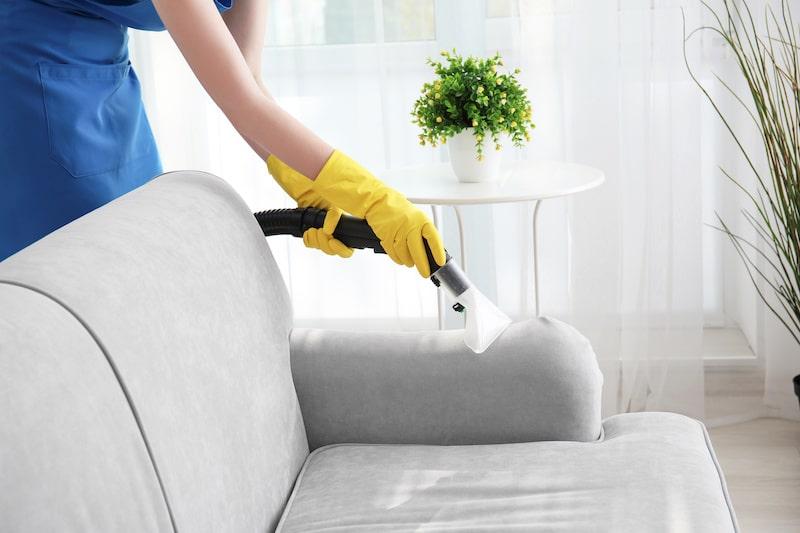 تمیز کردن مبلمان فضای باز | تمیز کردن مبلمان | نحوه شستشوی صحیح مبلمان فضای باز