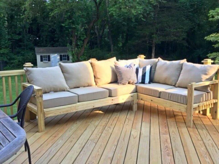 مبل چوبی برای فضای باز
